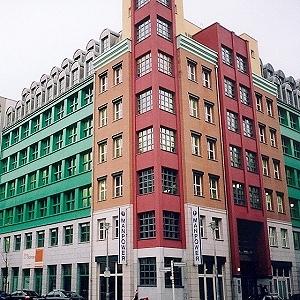 visite de berlin monuments de berlin quartiers sch tzenquartier aldo rossi et la. Black Bedroom Furniture Sets. Home Design Ideas